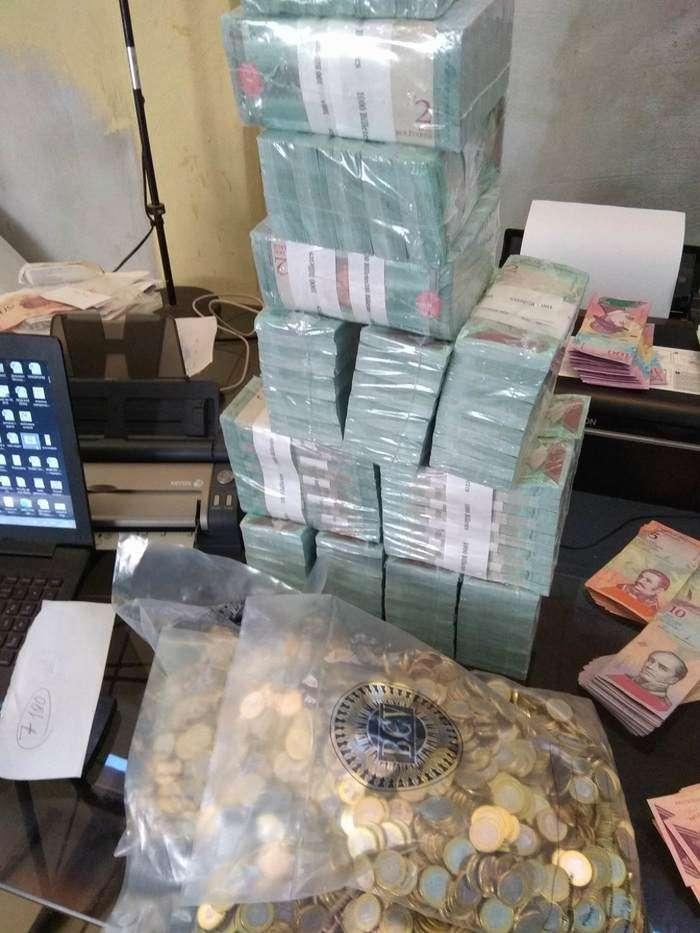 Русский парень переехал вВенесуэлу ирассказывает освоей жизни ($10— это куча денег)