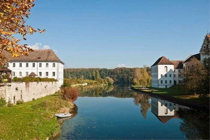 В Швейцарии внедряют новый социальный проект                      Интересное