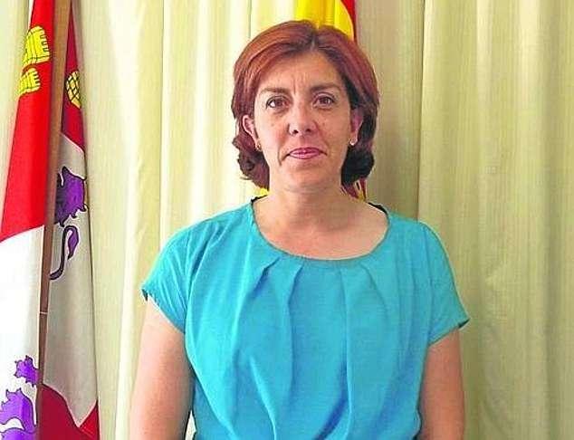 Испанский «Робин Гуд» подкладывает деньги бедным селянам