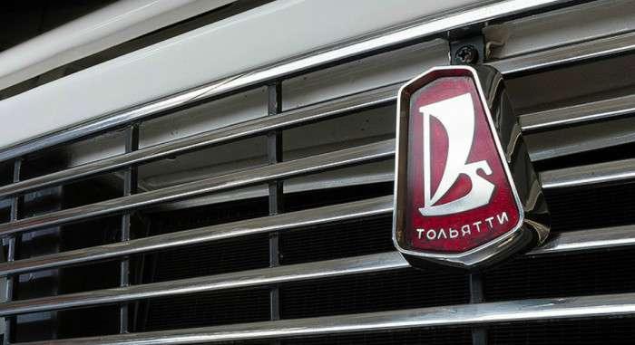 Автомобильные логотипы СССР: какой смысл зашифрован в эмблемах разных заводов