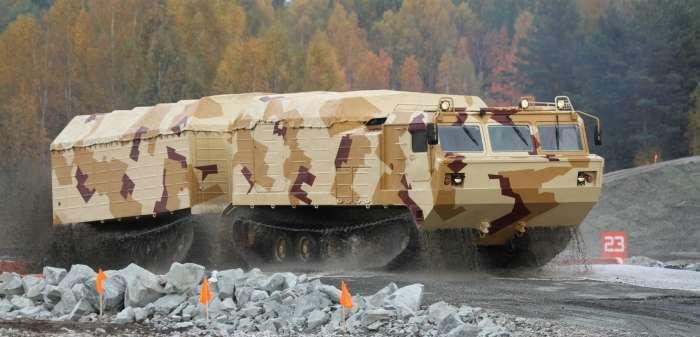Россия обзавелась танком-паровозом для езды по Арктике
