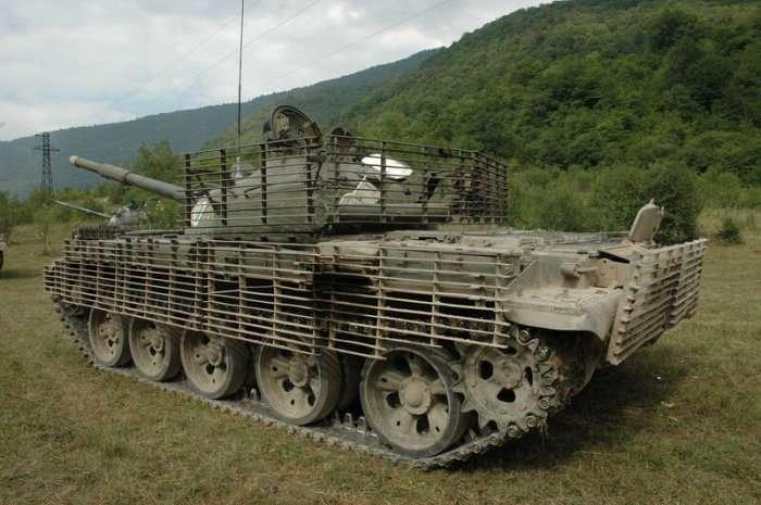 Зачем на танки навешивают бревно и -сундук Роммеля-