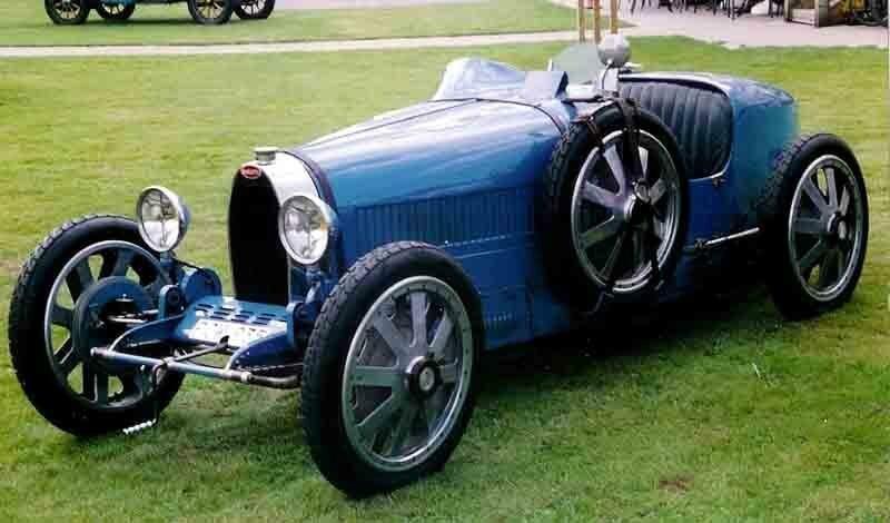 Эксперты назвали самые красивые автомобили за 100 лет                      авто