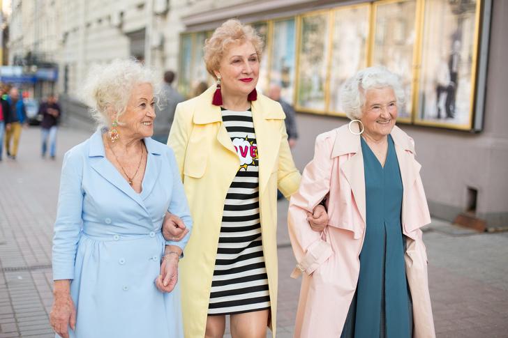Как киевский благотворительный фонд делает жизнь пенсионеров ярче, чем у молодежи Интересное