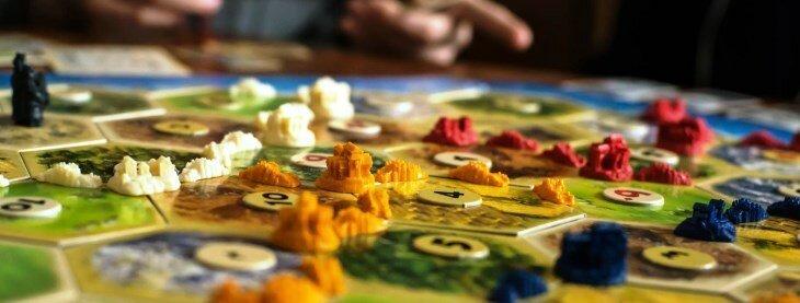 Самые популярные настольные игры в мире-12 фото-