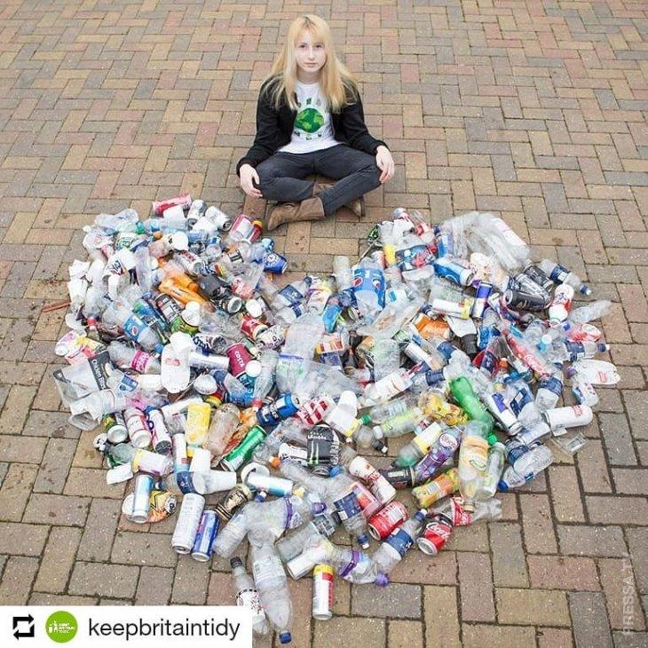 13-летняя школьница начала компанию по очистке родного города от мусора
