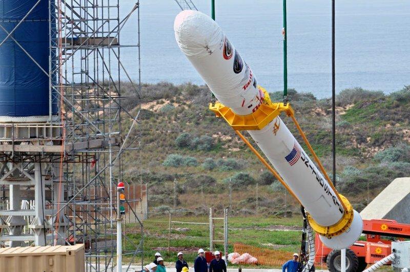 Два спутника и 0 млн убытков NASA из-за мошенничества поставщика алюминия                      Интересное