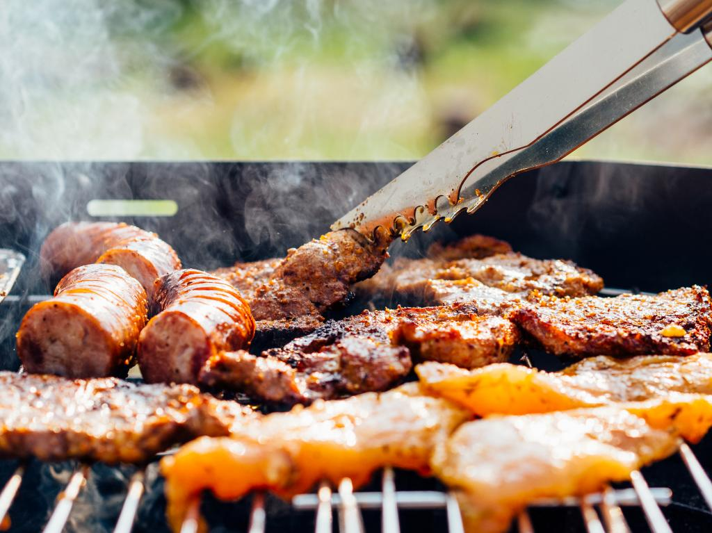 Готовим мясо на огне: пять рецептов от известного шеф-повара Интересное