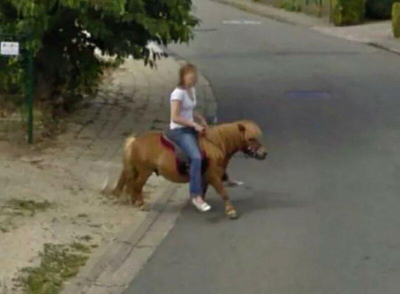 Необычные снимки, сделанные камерами Google Street View                      Интересное