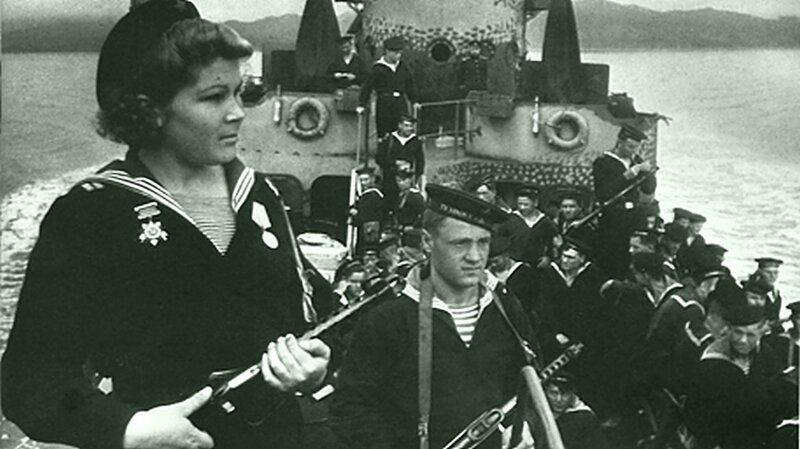 Морпехи СССР выбивают из Кореи японцев в 1945 году                      Интересное