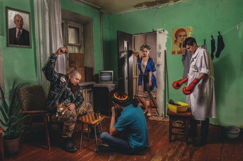 Романтика или катастрофа: жизнь в коммунальной квартире-2 фото-