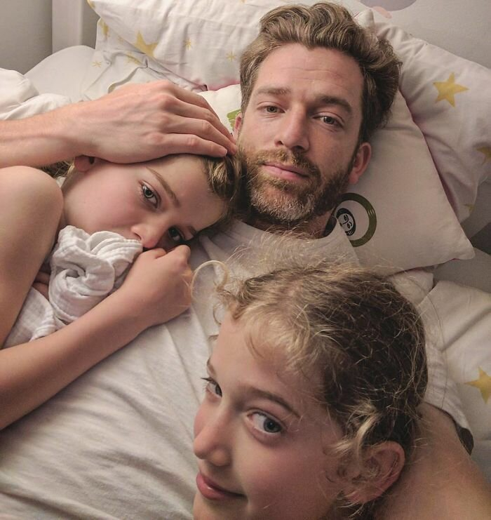 Отец четырех дочерей открывает суровую правду жизни                      Интересное
