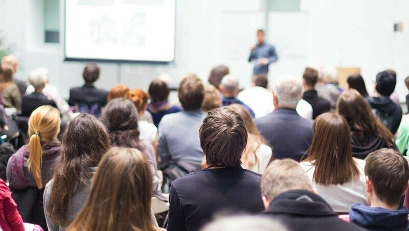 Как бизнес-тренинги превращают людей в сектантов-7 фото-