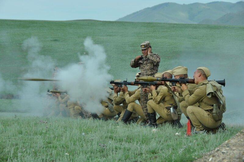 Курс молодого бойца в монгольской армии-13 фото-