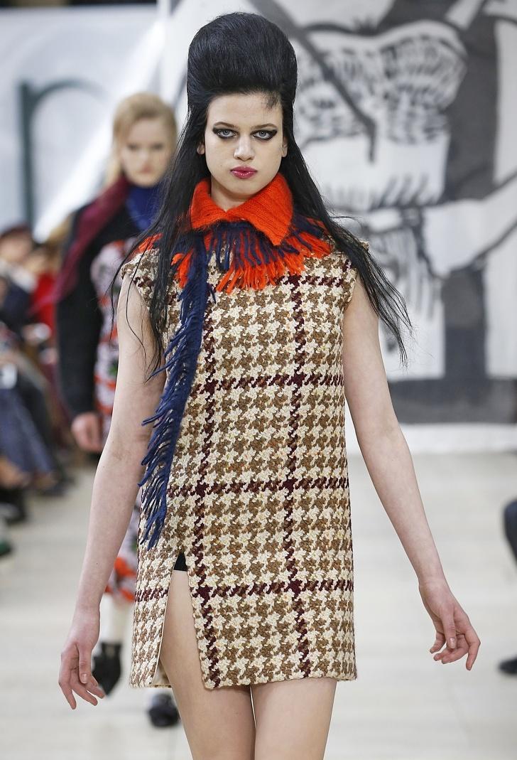 Посмотрите, как изменились стандарты мира моды за последние 70 лет