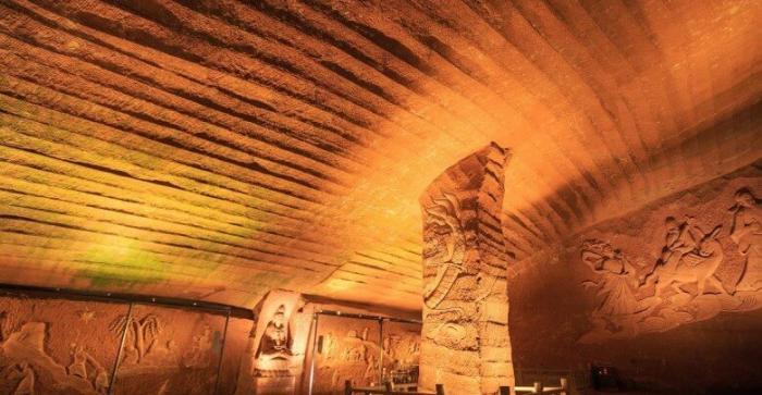 Загадка древних пещер Лунъю с высокотехнологичной обработкой стен -4 фото-