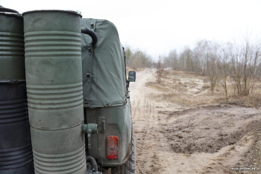 УАЗ из Беларуси, который ездит на дровах