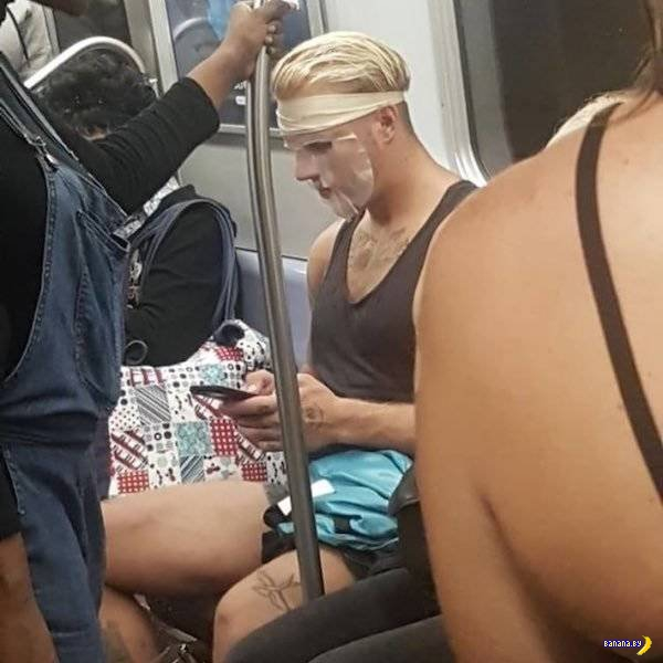 Модники в метро - 23 - Иностранное!