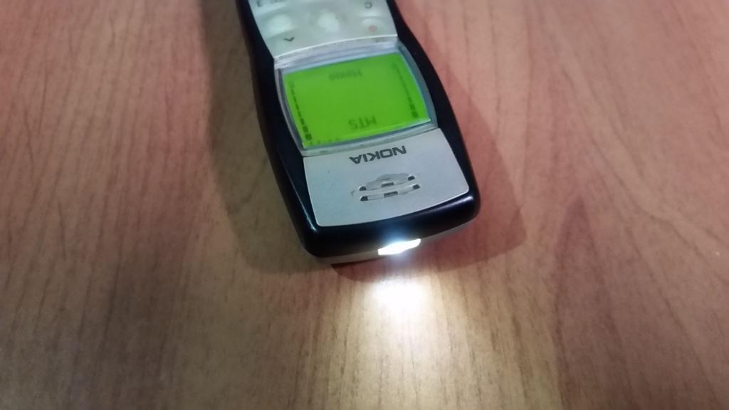 Хит продаж всех времен и народов: самый продаваемый телефон - нет, не iPhone, а Nokia 1100