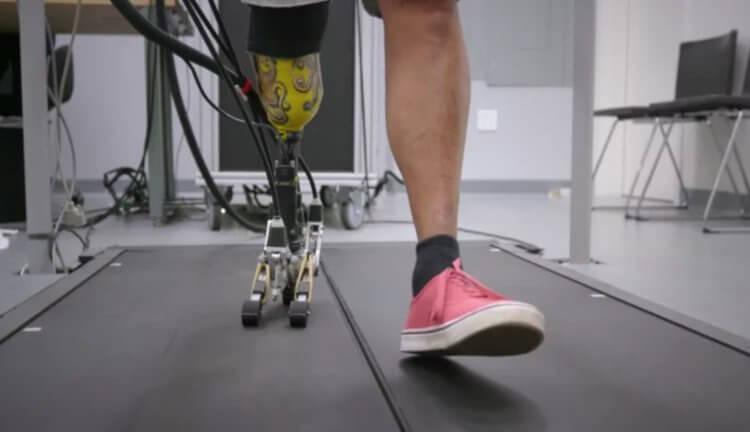 Разработан протез ноги с самой реалистичной ступней -+видео-