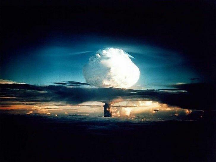 Крупнейшие ядерные взрывы в истории-2 фото-