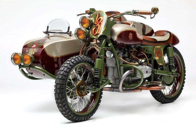 Американцы сделали уникальный мотоцикл -Урал- с российским гербом-13 фото-