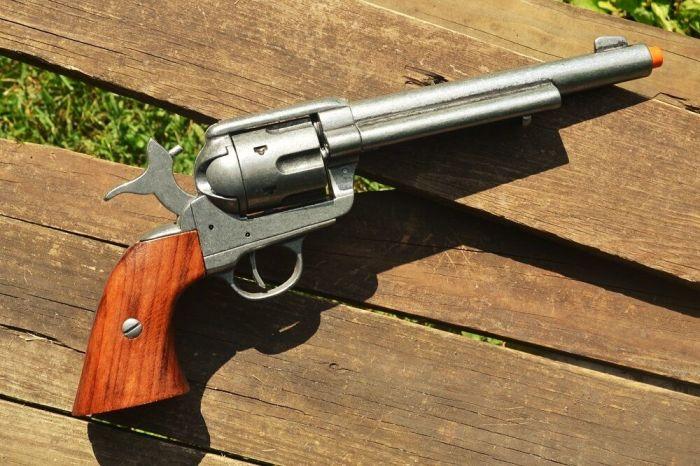 Револьверы, покорившие Дикий Запад
