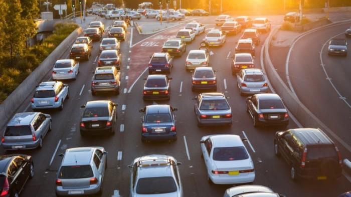Зачем американцы кладут резиновые шланги поперек шоссе