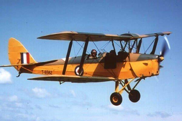 Авиатехник, который случайно взлетел на реактивном истребителе-24 фото + 1 видео-