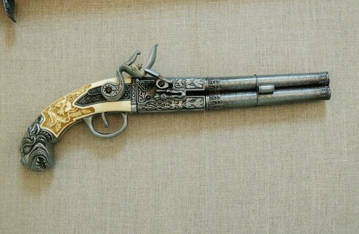 Выставка коллекционного-сувенирного огнестрельного оружия-17 фото-