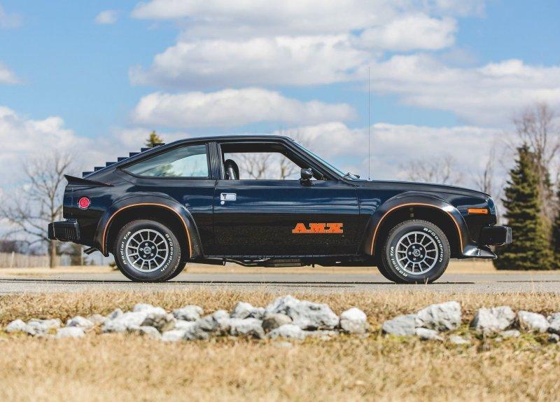 Кто-то заплатил приличные деньги за скромный AMC Spirit AMX 1979 года-12 фото-