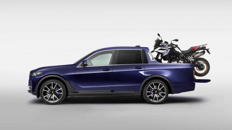 BMW X7 превратили в пикап для перевозки мотоцикла-9 фото-