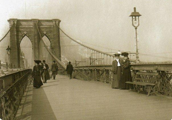 Как мошенник много лет продавал Бруклинский мост в Нью-Йорке-3 фото-
