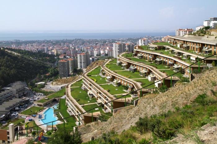 В Турции появились современные -Висячие сады-, затмившие своей красотой древний прообраз