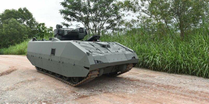 Сингапурцы показали беспилотную БМП-2 фото-