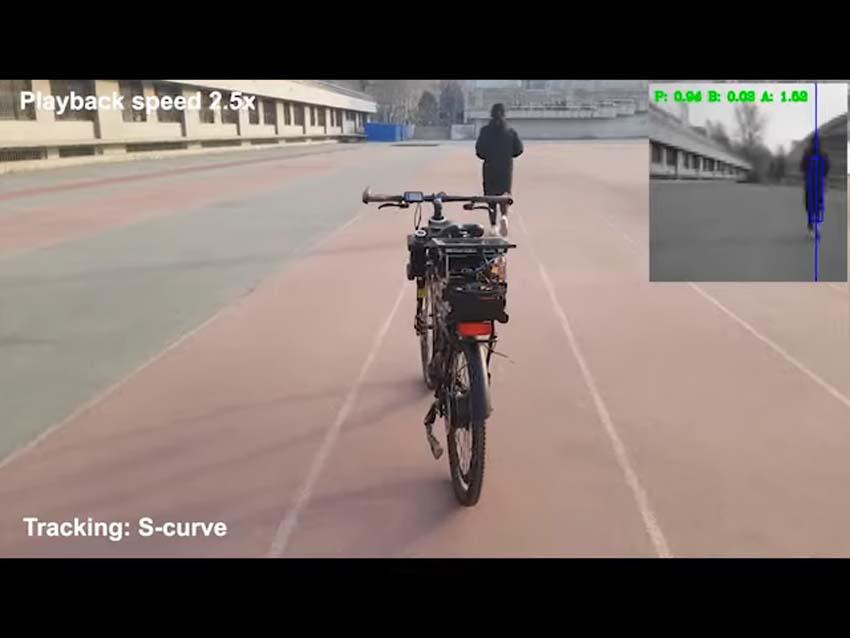 Даже если не умеете ездить на велосипеде — садитесь смело. Искусственный интеллект будет держать баланс и обходить препятствия хай-тек