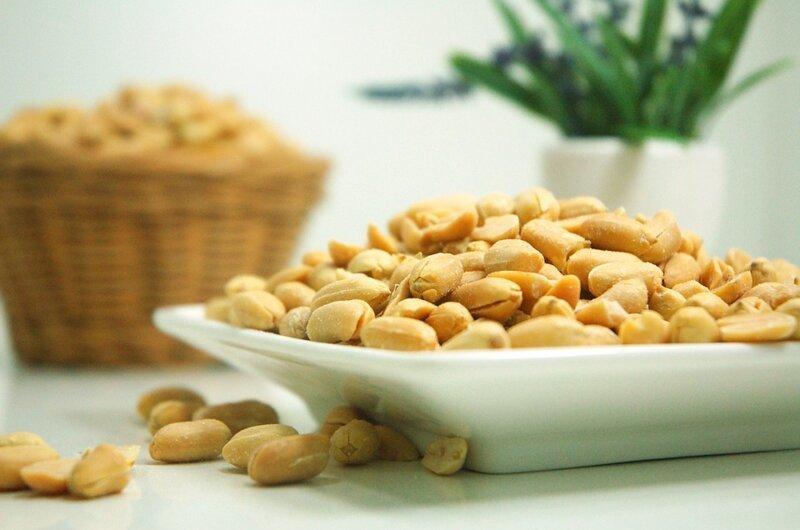 Почему нельзя есть много орехов?                      Интересное