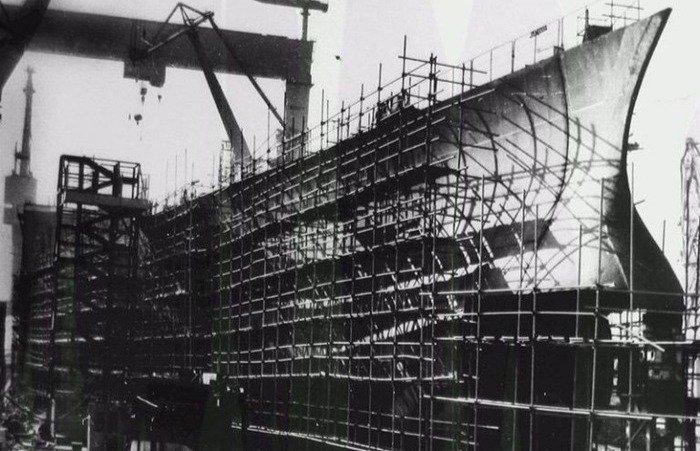 Почему в 1940-е советский суперкорабль-авианосец не смогли спустить на воду Интересное