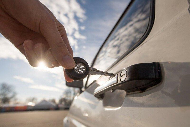 История автомобильного ключа-14 фото-