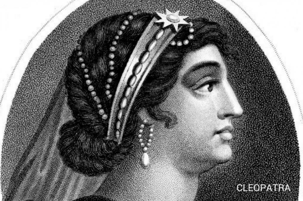 Восстановлены духи Клеопатры: их запах ощущался за десятки миль