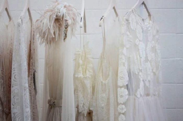 Ложные акции, неправда о качестве товара: как нами манипулируют в магазинах одежды