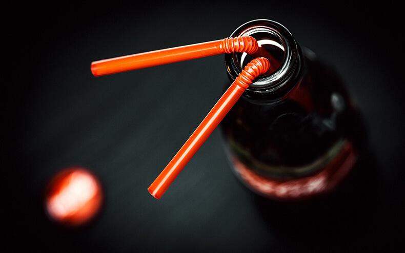 Что на самом деле кладут в колу: напиток под микроскопом
