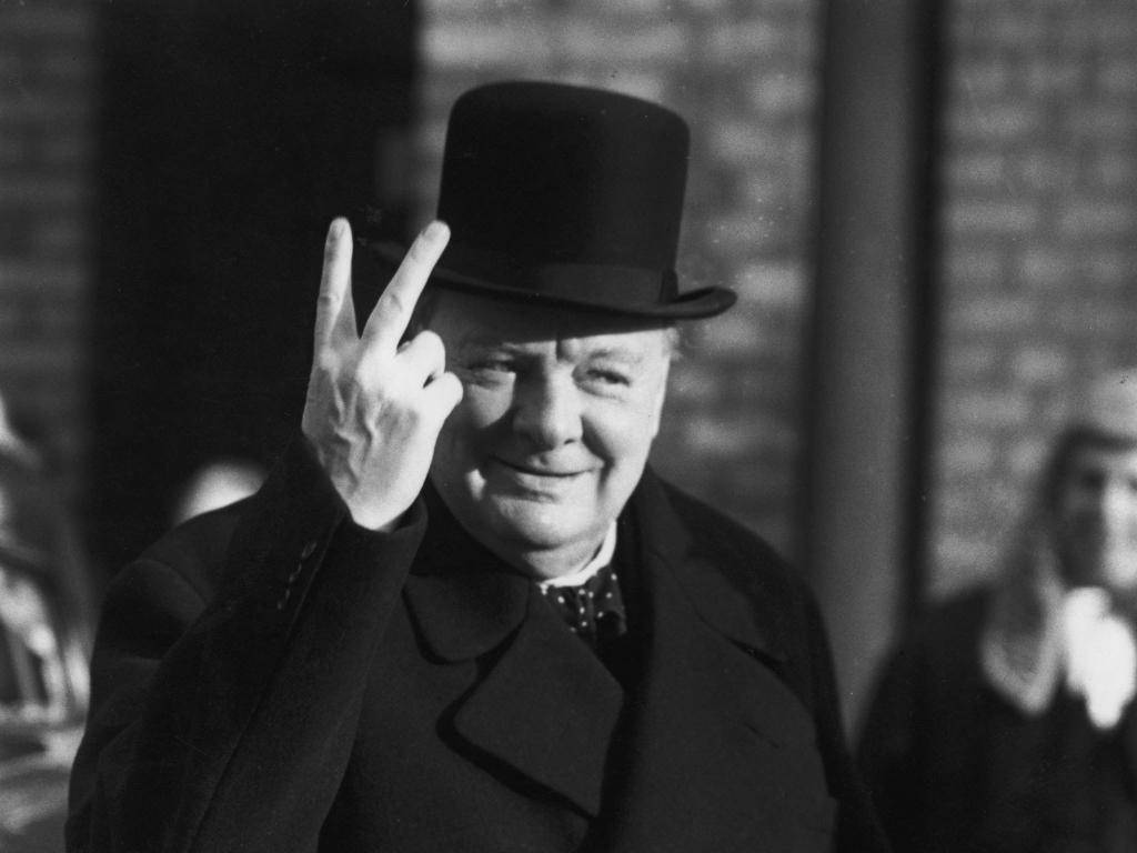 Палец вверх, знак Victory и не только: с какими жестами стоит соблюдать особую осторожность на деловых встречах Интересное