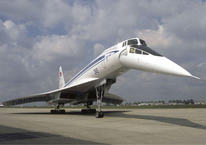 Отмененный полет «Белого лебедя»: почему сверхзвуковой гражданский самолет передумали создавать на основе Ту-160 Интересное