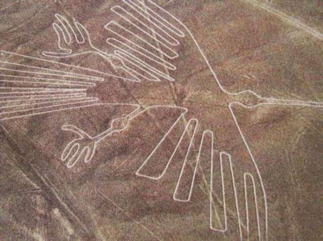 Древние народы рисовали на Земле рисунки, видные только с большой высоты