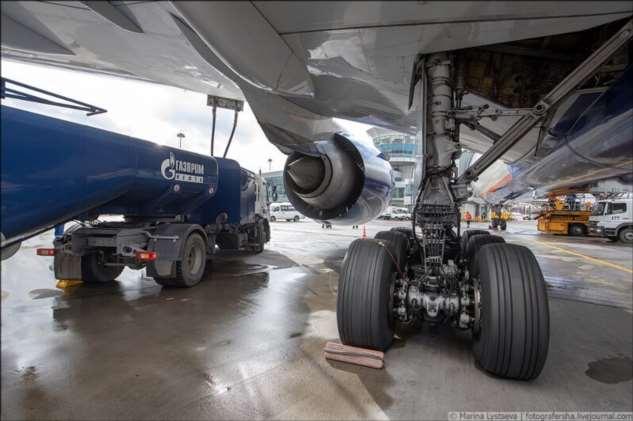 Как заправляют самолёты  Интересное
