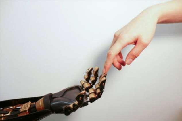 Новая электронная кожа позволит управлять реальными и виртуальными объектами Интересное