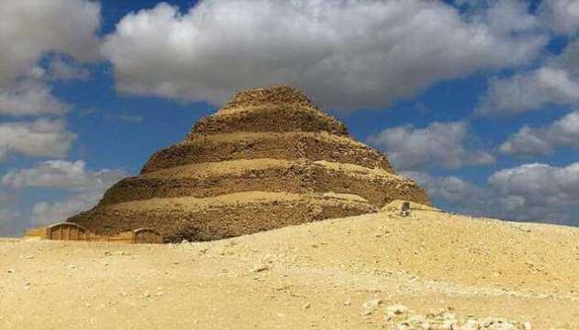 Раскрыта тайна самой древней египетской пирамиды