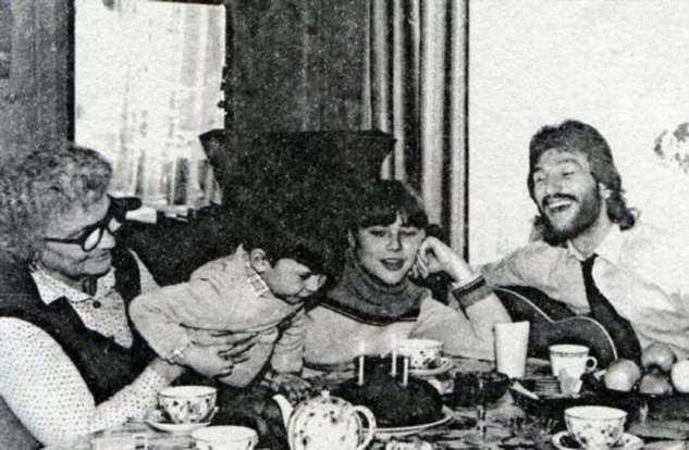 Подборка семейных фотографий любимых советских актеров  Интересное