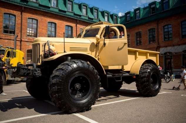 «Лесоруб» — уникальный вездеход с американским V8, собранный на шасси ГАЗ-66